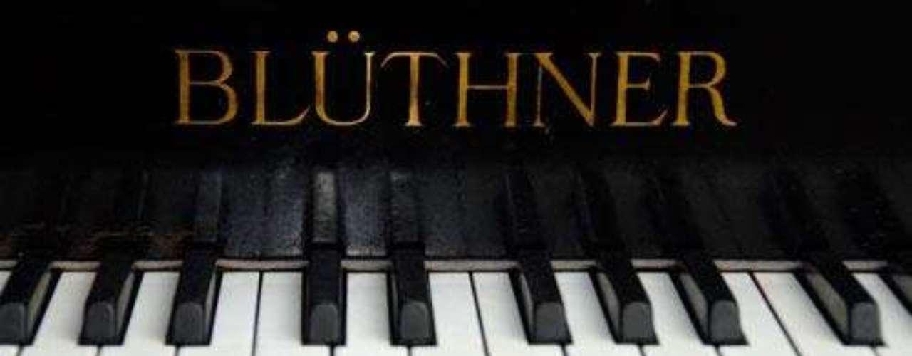 Bluthner. La marca se dedica desde hace casi un siglo a la fabricación de pianos. Comenzó en 1853 y desde entonces todos aquellos que presumen de tener un excelente gusto, prefieren a la firma si se trata de adquirir un piano.